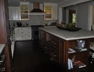 painting contractor Lawrence before and after photo 1523552217272_dark-kitchen_ss